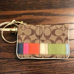 Coach Wristlet *great condition*